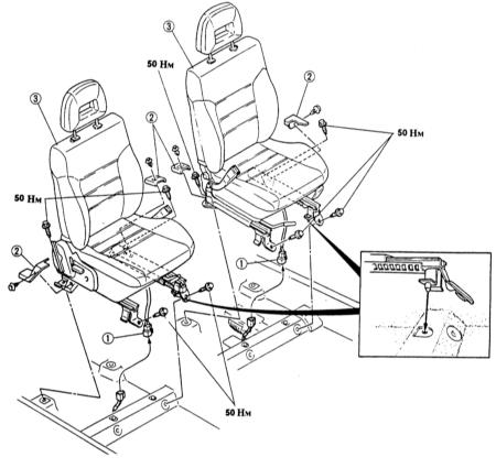 Передние сиденья mazda 323 с