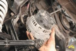 Отремонтировать генератор в машине Шевроле Нива.