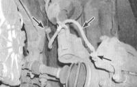 4. Подключите тахометр, подсоедините стробоскоп к ВВ проводу свечи зажигания первого цилиндра.