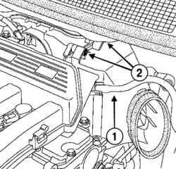 Демонтируйте глушитель шума впуска. рис. 2.8.  Демонтаж вакуумного трубопровода и болтов фиксации крышки воздушного...